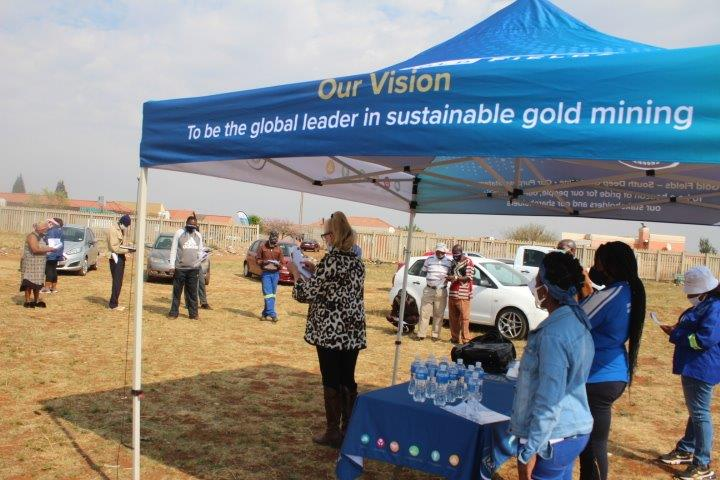 FSE – DONATION OF TREES AND TREE PLANTING IN SIMUNYE, WEST RAND IN ASSOCIATION WITH SOUTH DEEP MINE